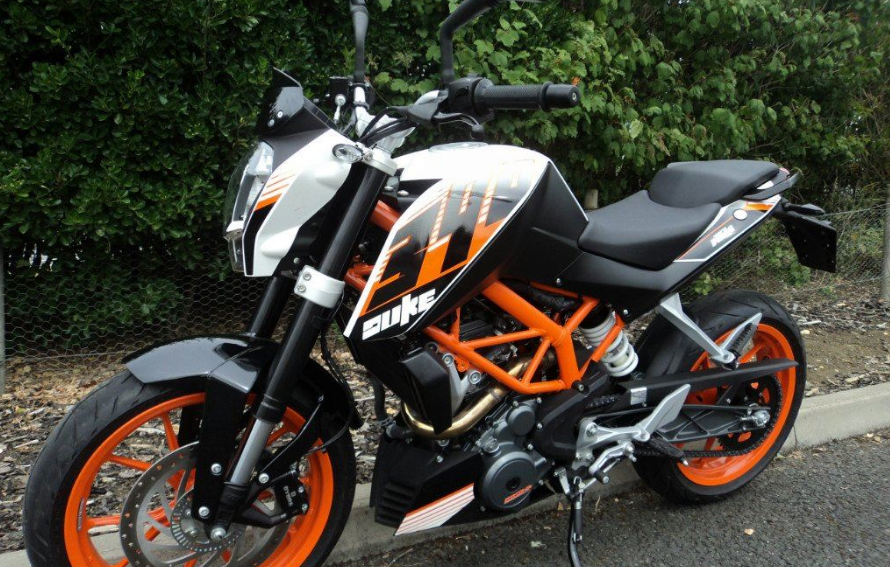 ams deal of the week: 2016 ktm duke 390 | ams motorcycles